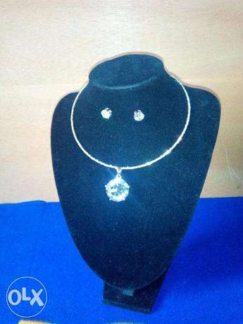 Crystal necklace with earring Lokogoma - image 1