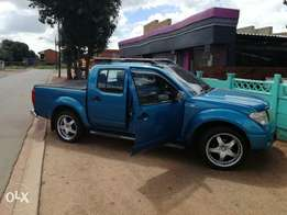 Nissan navara 2007 lexus v8 6 speed manual