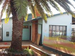 Modern house in a Good location - Lenasia Ext 3
