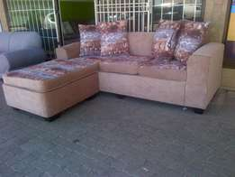 Cameroon Corner lounge unit available For sale
