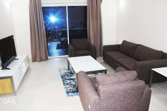 Sea view 2 Bed w Housekeeping, Internet