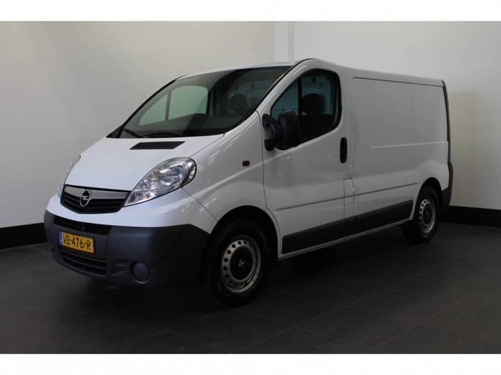 Opel Vivaro 2.0 Cdti 115pk - Airco - Cruise - Trekhaak - _ - 2013
