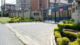 Spacious 3br with Sq fully furnished to let in kileleshwa