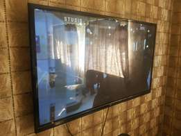 LG 60 inch tv for sale