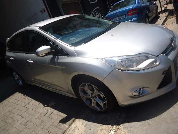2014 Ford Focus 2.0 Available for Sale Johannesburg - image 2