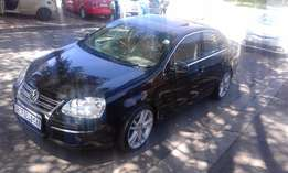 Immaculate condition 2006 VW Jetta 5 2.0 FSI Full house with a sunroof