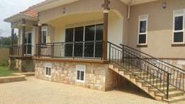 A lucrative 4bedroomed house in Kira