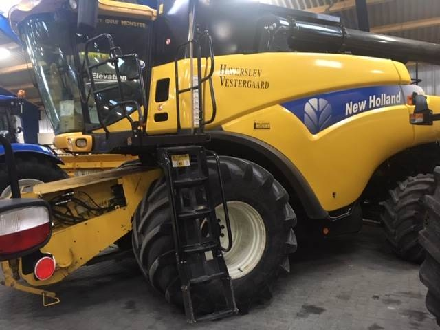 New Holland Cr9080elevation4wd - 2009