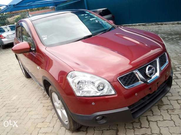 Red Nissan dualis New number Mombasa Island - image 2