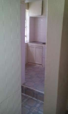 An Ultra spacious 3 bed apartment as an office Kilimani - image 2