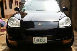 Porsche cayenne V6 2004/5 at its Best. Its buy+ drive with no worries