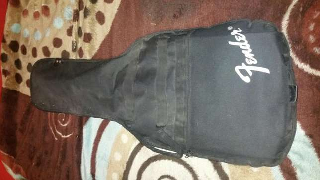 Fender Electric Guitar With Loads Of Extras Parow - image 6