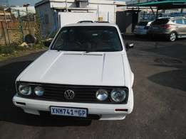 VW Golf 1 velocity 2009 Model,5 Doors factory A/C And C/D Player