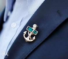 Men Navy Style Pirates Anchor Gold Crystal Brooch