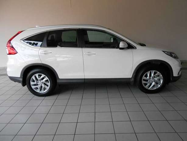 2015 Honda CRV 2.0 Comfort A/T with low milage Kosmos - image 1