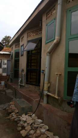 Superior self contained single room for rent in kisasi at 180k Kampala - image 5