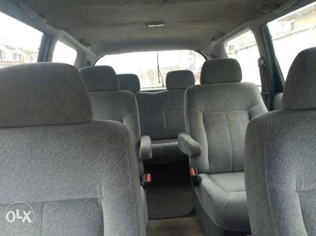 Cleanly used Honda Odyssey for sale Alimosho - image 6
