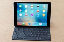 Apple ipad Pro 9.7 inces 128GB space gray brand new 4G cellular/wifi