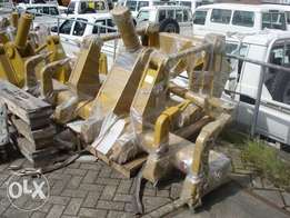 Caterpillar 12G/120G/140G Ripper - To be Imported
