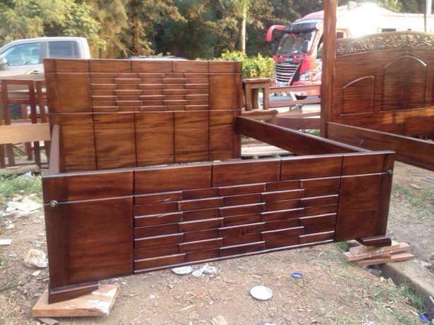 Mahogany hard wood beds Karen - image 1