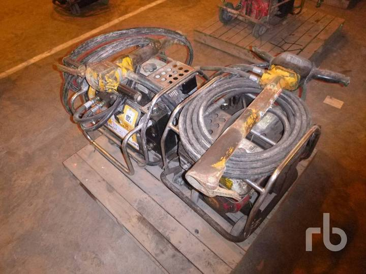 JCB BEAVER Qty of 2 Power Packs