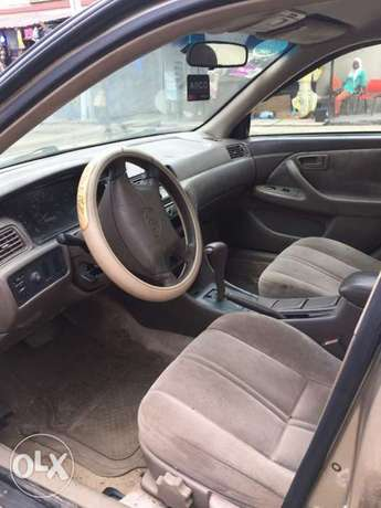 Toyota Camry Tiny Light for sale Mushin - image 3