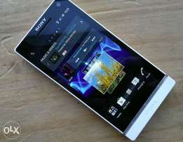 Very Clean Sony Xperia S in Great Condition with Box and Accessories