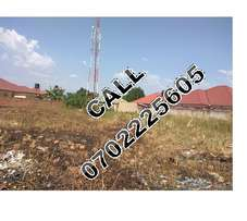 Discreet 100 by 100ft plot for sale in Namugongo-Mbalwa at 110m