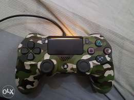 3 Ps4 Controllers new Edition