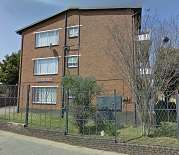 Fully tiled 1 bedroom flats available at Cloudlands Court