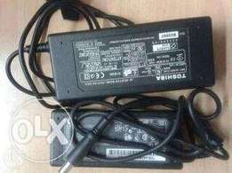 Dell laptop charger 700