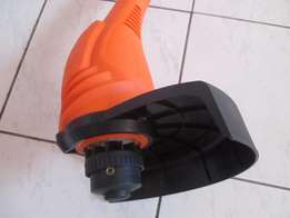 Rolux Magnum Brand New Electric Edge trimmer R750 negotiable