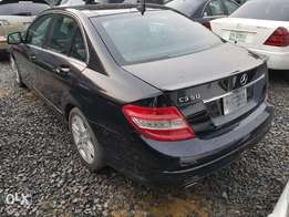 Extremely Clean Benz C350 08model