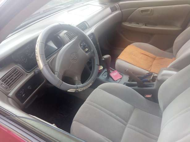 Clean Toyota Camry for sale Kubwa - image 2
