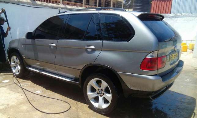 BMW X5 2005 Very Clean in Mombasa at 1.85M only!!! Mombasa Island - image 2