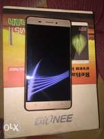 Neatly used 6months old Gionee M5 Marathon