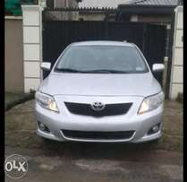 Tokunbo Toyota Corolla 2009/010, DVD, Camera, Bluetooth