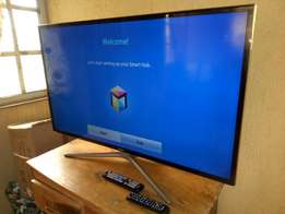 "Like-new Ultraslim 3D SAMSUNG UHD 46"" SMART TV with Wi-Fi and miracast"
