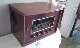 Antique Radio (Decorative)