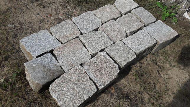 Nowoczesna architektura Granit cięty płomieniowany starobruk kostka granitowa cięta UX61