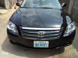foreign used Toyota Avalon XLS