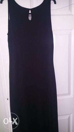Captivating Black WALLIS Gown, adorned with FRONTAL Stones. SIZE 14 Wuse 2 - image 7