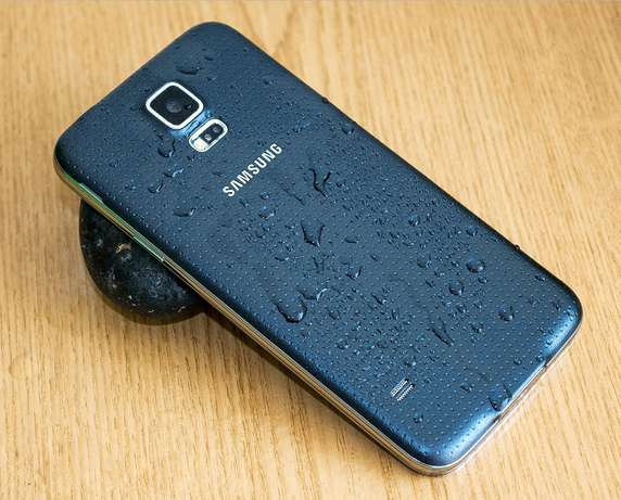 Slightly used samsung S5 BuruBuru - image 3