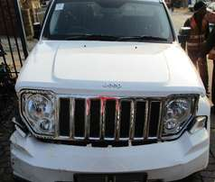 Jeep Cherokee KK Stripping for Spares