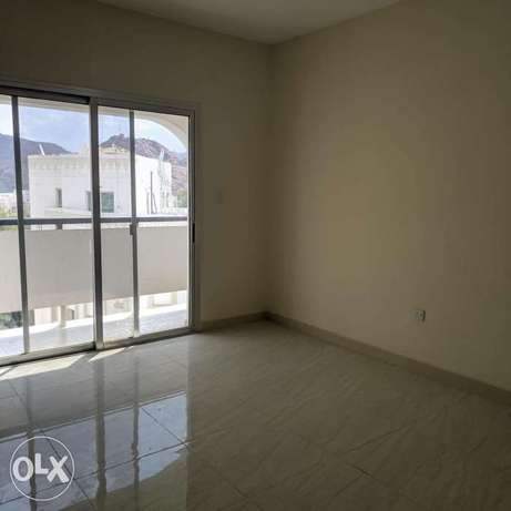 Flat for rent special price in ruwi front of Apollo hospital روي -  5