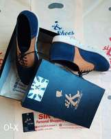 #siKShoes (Blue and Yellow)