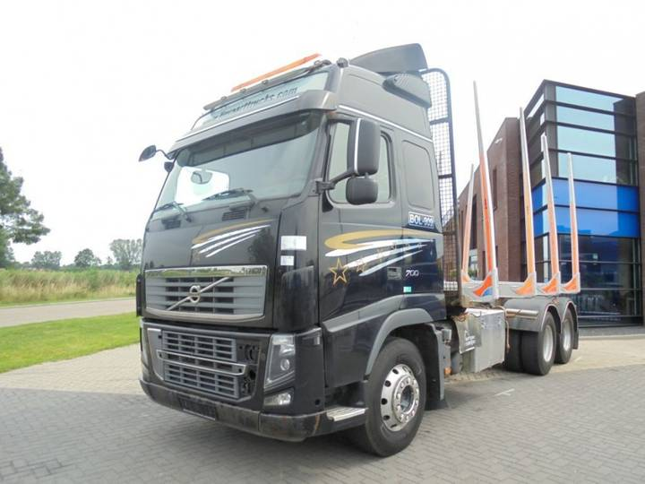 Volvo FH16.700 Woodtruck / 6x4 / Full Steel / Euro 5 - 2011