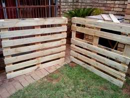 Very nice wooden pallets. Normal size.