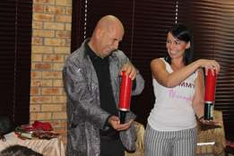 Hire a Magician and Ventriloquist for kids and adults parties