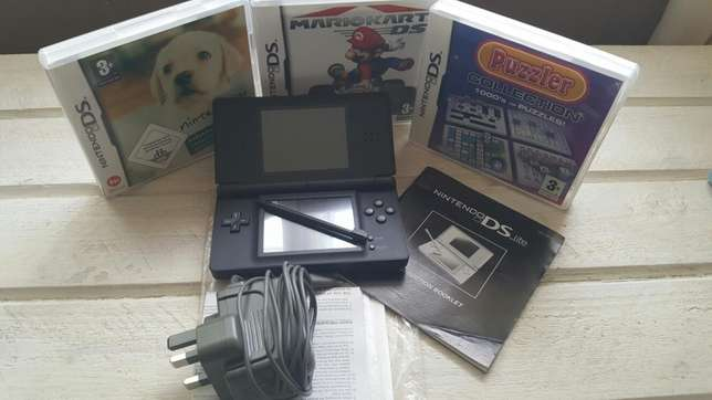 Nintendo DS lite Consol and Games Summerstrand - image 1